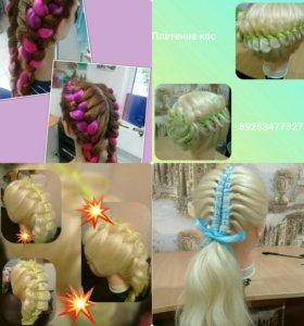 Прически .Плетение кос с лентами окрашивание.