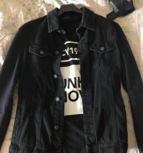 Джинсовая куртка +футболка размер М