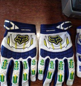 Кроссовые перчатки