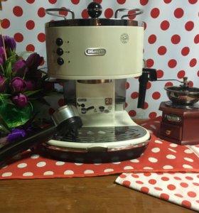 Рожковая кофеварка De'Longhi Icona Vintage