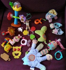 Пакет игрушек 0-6 месяцев