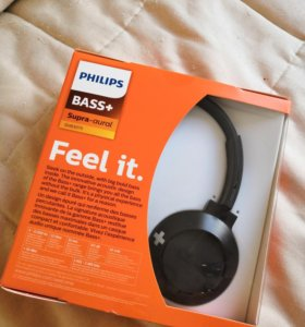 Наушники Philips Bass