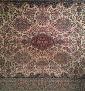 Персидский шерстяной ковёр