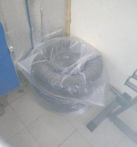 Продам зимние шины на штампах