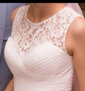 Свадебное платье на 42-46 размер