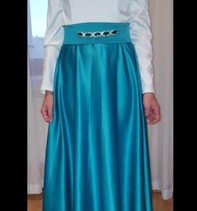 Платье на никах в аренду