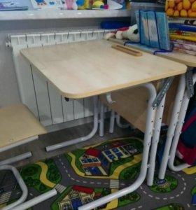 Парта и стул ученические