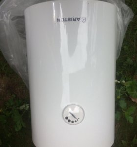 Продам электрический водонагреватель «Аристон»