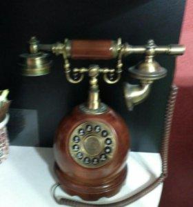 Телефон под старину.Новый.Не пользовались.Рабочий.