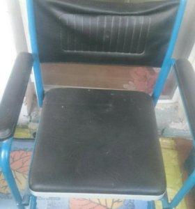 Инвалидное Кресло- туалет.