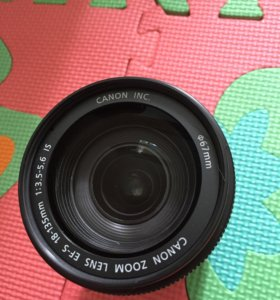 Объектив Canon 18-135