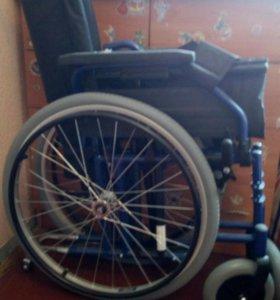 Инвалидная коляска(новая)