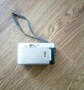 Старый раритетный фотоаппарат Rekam Neo.