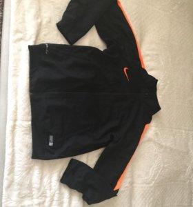 Олимпос Nike
