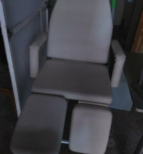 Педирное кресло