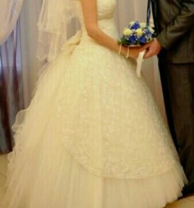 Свадебное платье 42-44 размер