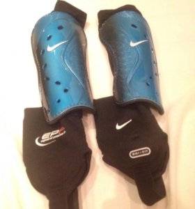 Щитки Nike с голеностопом