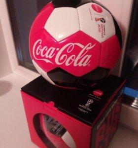 Мяч Coca Cola