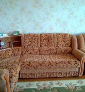 Мягкая мебель (угловой диван+кресло)