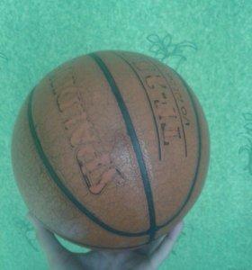 Продам баскетбольный мяч!