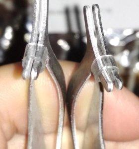 Пинцет для магнитных и других ресниц.