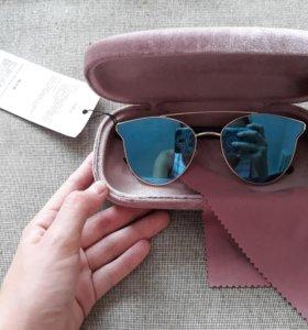 Новые очки с чехлом