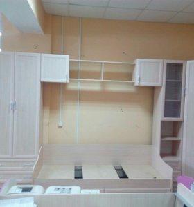 Набор мебели для детской(длина 4.4 метра)