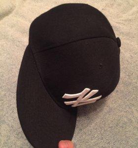 Реперская кепка