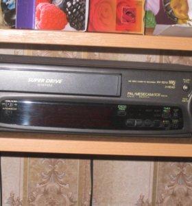 Видиомагнитофон Panasonic NV-SD 10 VHS 3-HEAD
