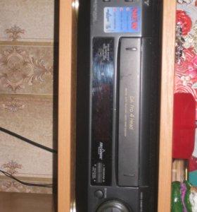 Продам видеомагнитофон SONY