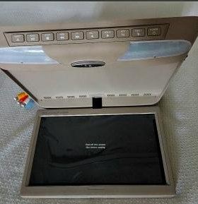 Потолочный монитор 10 дюймов