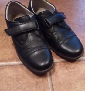 Кожанные школьные туфли