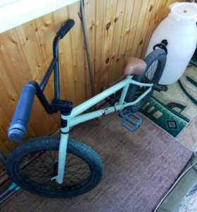 BMX MONGOOSE LEGION L60