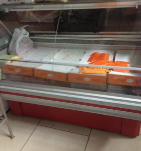 Продаются морозильные витрины и морозильные лари
