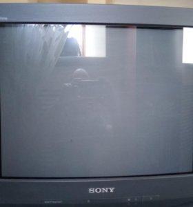 Цветной телевизор б/у Sony с пультом в отл. сост.