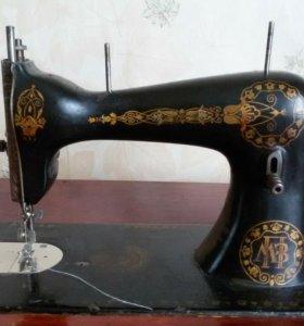 Швейная машинка.торг