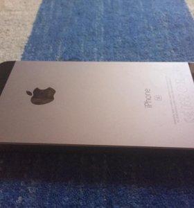 iPhone 5 se 32gd