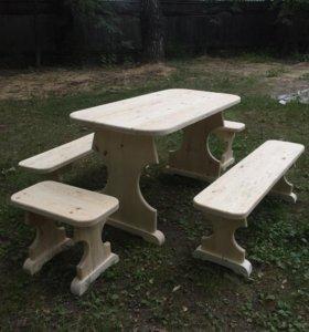 Стол, лавки, табуретки