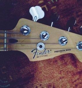 Fender Precision bass USA 1983 + чехол,ремень и др