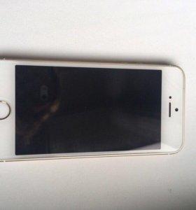 Телефон iPhone SE 32гб