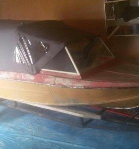 Лодка с лод. мотором