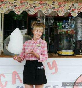 Продавец сладкой ваты и лемонадов