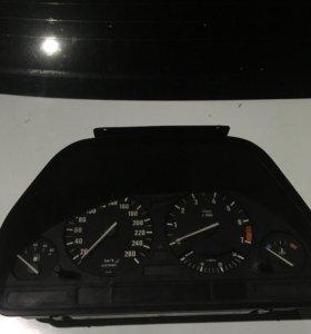 Приборка BMW e34