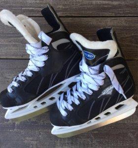Хоккейные коньки sturdy