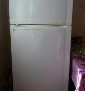 Холодильник Голдстар