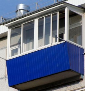 Остекление и отделка балкона. Окна REHAU