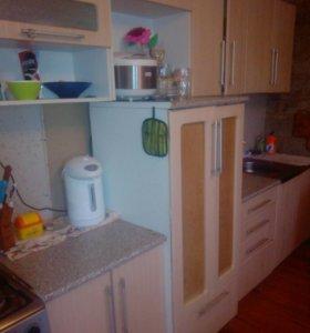 Продаю кухонный гарнитур в хорошем сост