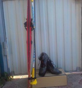 Лыжи, лыжные палки, ботинки кожаные Motor