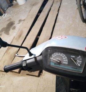 Suzuki Address v 100