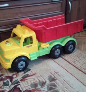 Машина грузовик толокар